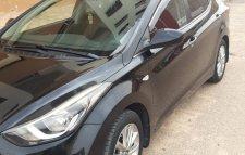 Hyundai Elantra toutes options modèle 2015!! Diesel